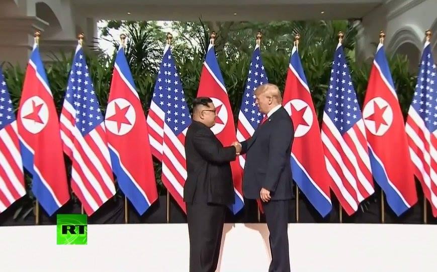 TRUC TIEP hoi nghi thuong dinh My-Trieu: Cuoc gap lich su giua ong Trump va ong Kim Jong-un hinh anh 15