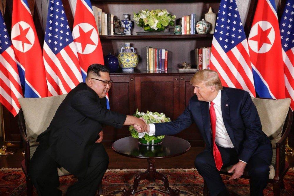 TRUC TIEP hoi nghi thuong dinh My-Trieu: Cuoc gap lich su giua ong Trump va ong Kim Jong-un hinh anh 13