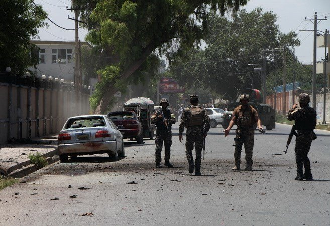 Phien quan Taliban giet hai 30 nhan vien an ninh Afghanistan hinh anh 1