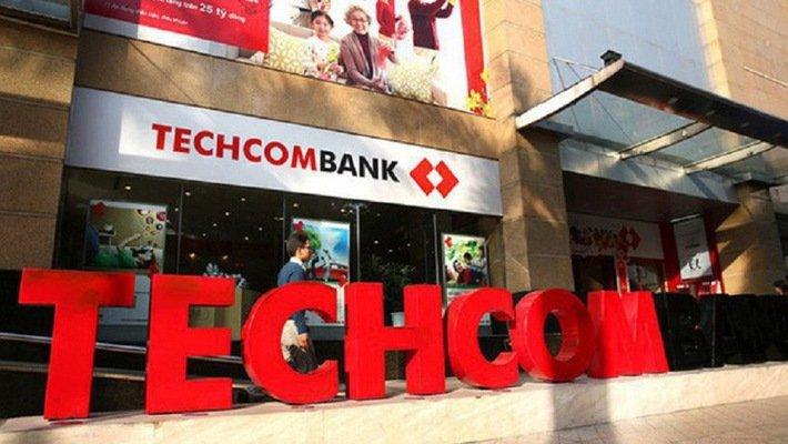 Techcombank chot quyen chia co phieu thuong ty le 200% hinh anh 1
