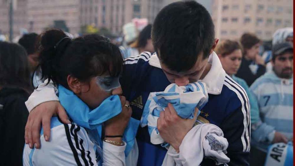 Nguoi ham mo treo co tu tu sau khi doi tuyen Argentina bi loai khoi World Cup hinh anh 1