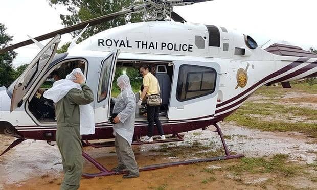 Giai cuu doi bong Thai Lan ngay thu 3: Chay dua voi thoi gian vi mua lon hinh anh 2