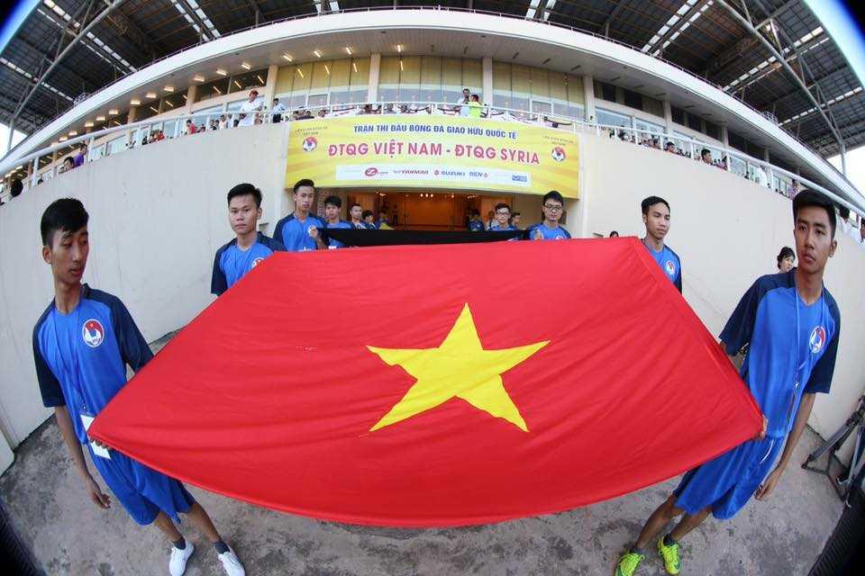 Truc tiep Viet Nam vs Syria: Xem Cong Vinh, Cong Phuong tro tai hinh anh 4