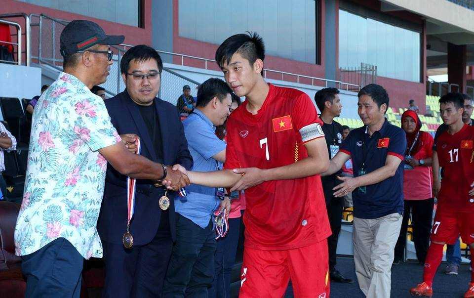 Chum anh: U21 Viet Nam thang kich tinh U21 Singpore hinh anh 23