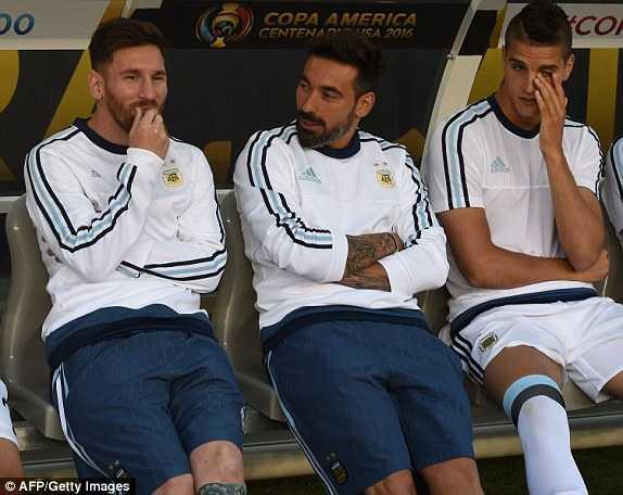 Messi vang mat, Argentina van du suc tra han Chile hinh anh 9