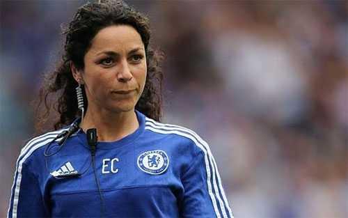 Bac si xinh dep nhan tien boi thuong, Mourinho thoat an quay roi tinh duc hinh anh 1