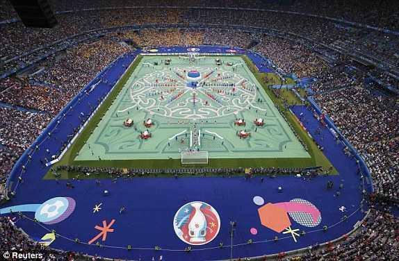 Truc tiep khai mac Euro 2016 hinh anh 1