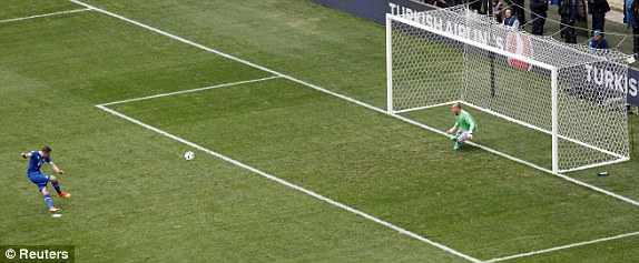 Truc tiep Euro 2016: Iceland vs Hungary hinh anh 4