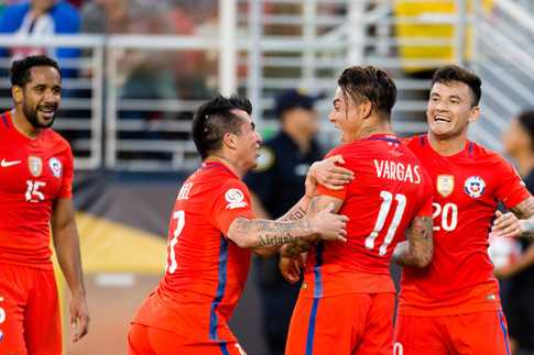 Chile thang huy diet Mexio 7-0, nam tay Argentina vao ban ket hinh anh 2