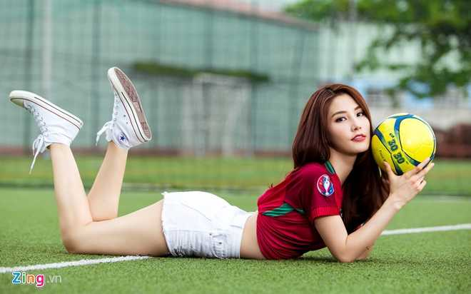 Diem My 9X mac goi cam co vu Bo Dao Nha vo dich Euro 2016 hinh anh 7