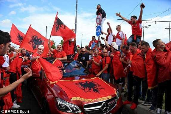 Truc tiep Euro 2016: Albania vs Romania hinh anh 20