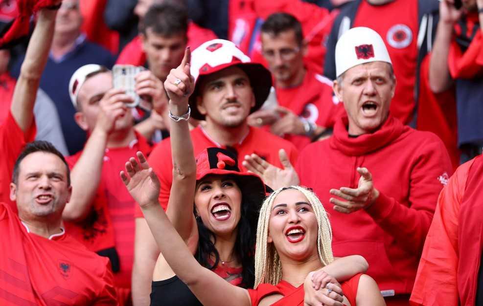 Truc tiep Euro 2016: Albania vs Romania hinh anh 12