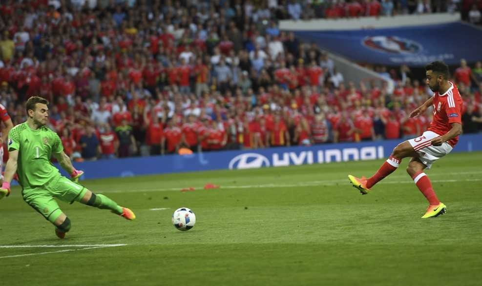 Truc tiep Euro 2016: Nga vs Xu Wales hinh anh 6