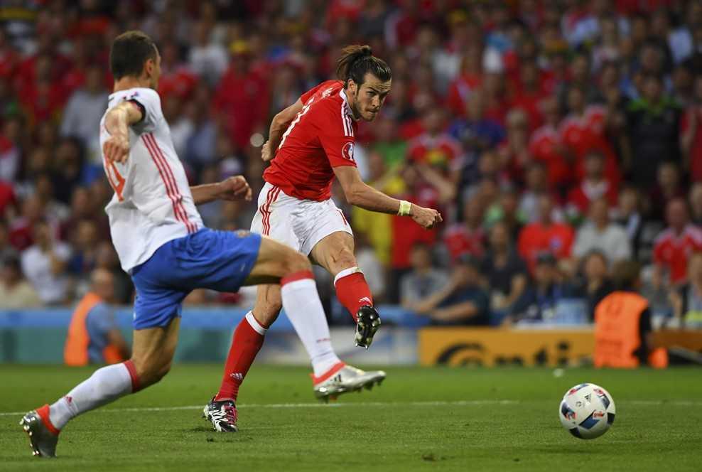 Truc tiep Euro 2016: Nga vs Xu Wales hinh anh 4
