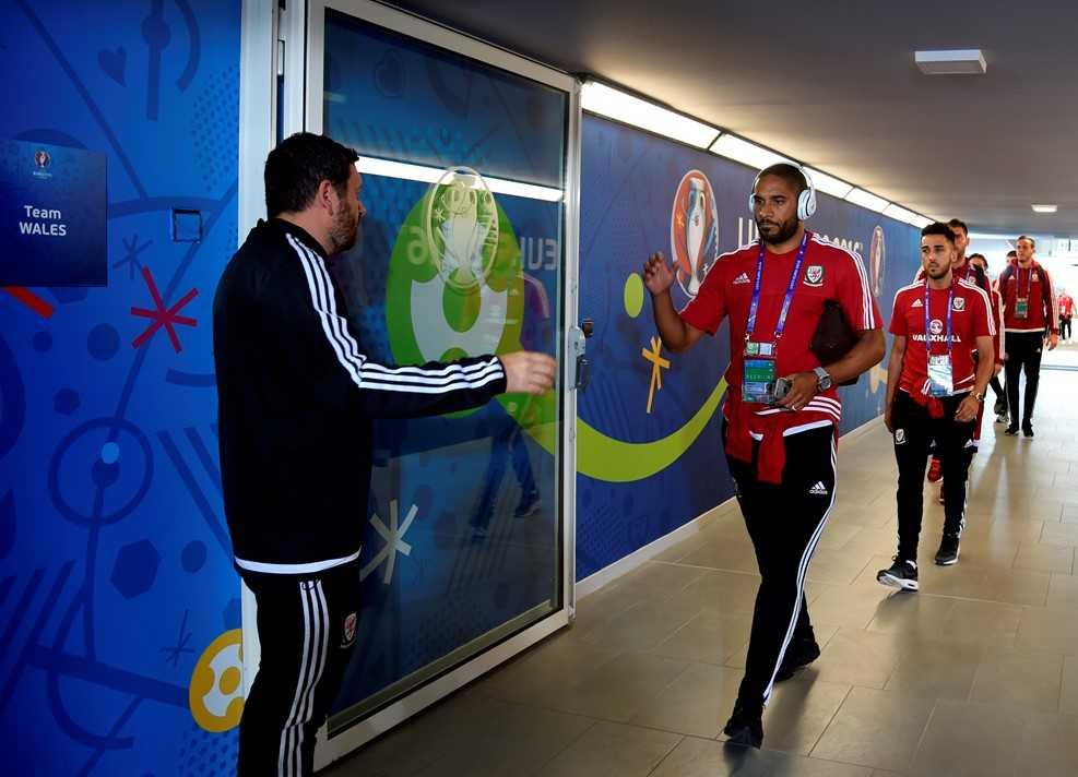 Truc tiep Euro 2016: Nga vs Xu Wales hinh anh 23