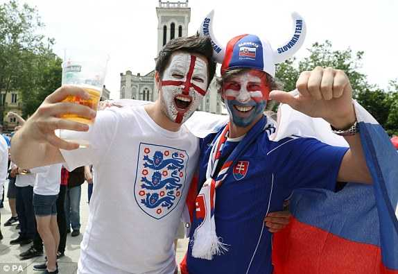 Link sopcast xem bong da Euro truc tiep Anh vs Slovakia hinh anh 1