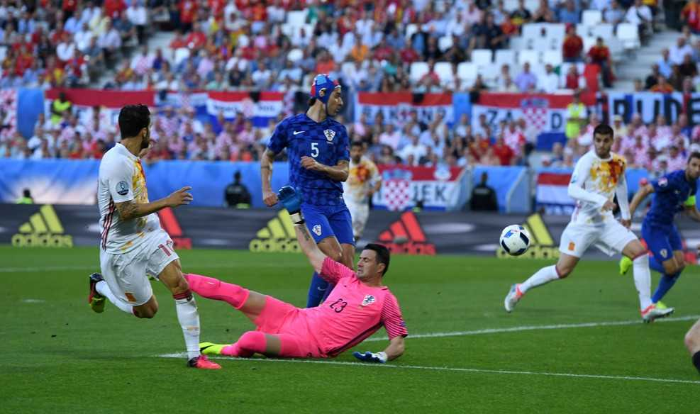 Truc tiep Euro 2016: Croatia vs Tay Ban Nha hinh anh 12