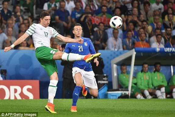 Truc tiep Euro 2016: Italia vs Cong hoa Ailen hinh anh 8