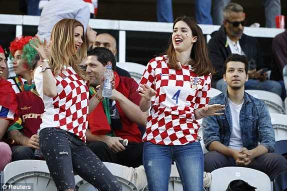Truc tiep vong 1/8 Euro 2016: Croatia vs Bo Dao Nha hinh anh 13