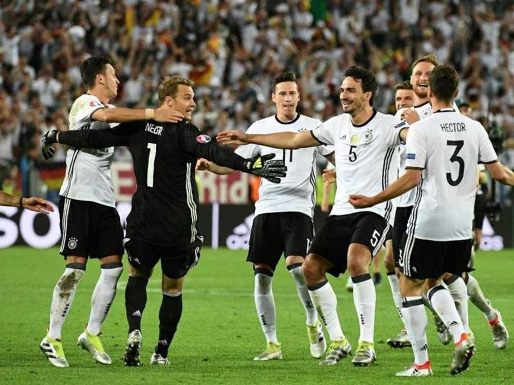 Ban ket Euro Duc vs Phap: Nong cuoc chien Giroud-Neuer hinh anh 1