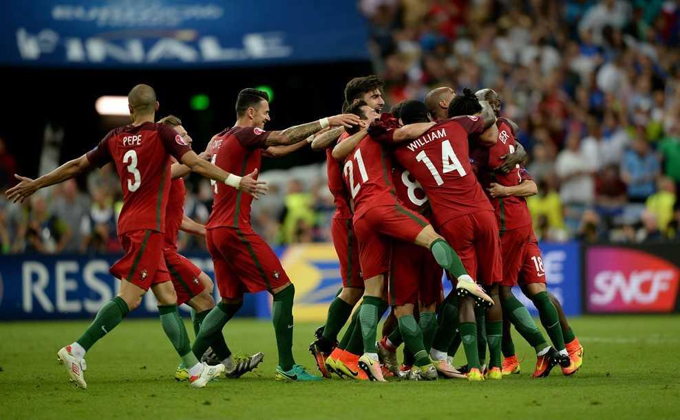 Thang Phap trong hiep phu, Bo Dao Nha vo dich Euro 2016 hinh anh 2
