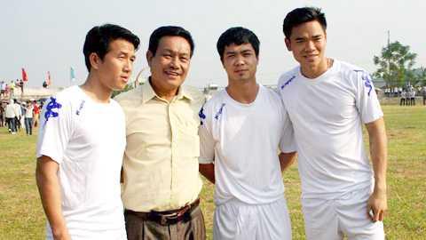 Thay Cong Phuong mo lop, luyen ga noi hinh anh 1