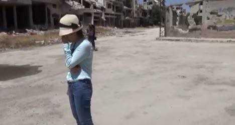 Ky su Syria: Nha bao Le Binh giai thich viec nho Lanh su o Li-bang de vao Syria hinh anh 1