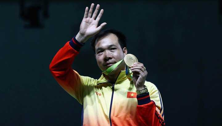 Quan chuc Viet Nam tham du Olympic: 'Doan khong co ai sang Rio di choi' hinh anh 2