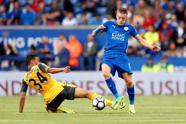 Hang cong phap phu, Arsenal hoa nhat Leicester City hinh anh 1