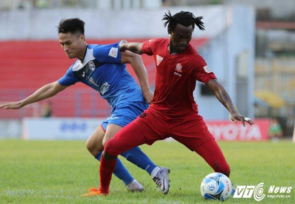 Truc tiep bong da Than Quang Ninh vs HAGL hinh anh 1