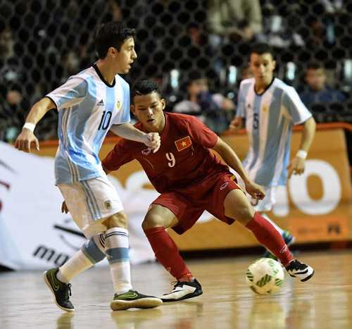 Tuyen Futsal Viet Nam thua day tiec nuoi truoc Argentina hinh anh 4