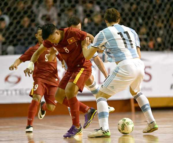Tuyen Futsal Viet Nam thua day tiec nuoi truoc Argentina hinh anh 5