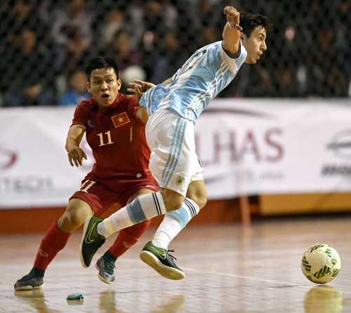 Tuyen Futsal Viet Nam thua day tiec nuoi truoc Argentina hinh anh 6