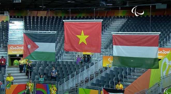Clip: Khoanh khac Le Van Cong gianh huy chuong vang Paralympic 2016 hinh anh 6