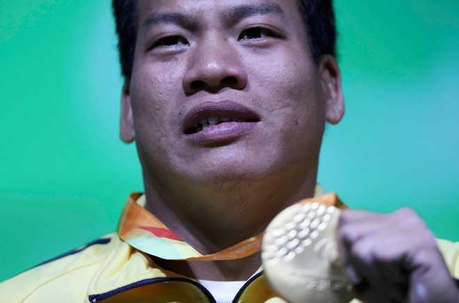 Clip: Khoanh khac Le Van Cong gianh huy chuong vang Paralympic 2016 hinh anh 1