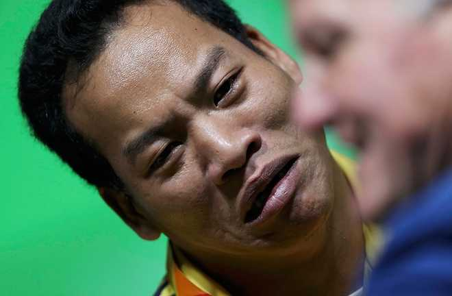 Clip: Khoanh khac Le Van Cong gianh huy chuong vang Paralympic 2016 hinh anh 4