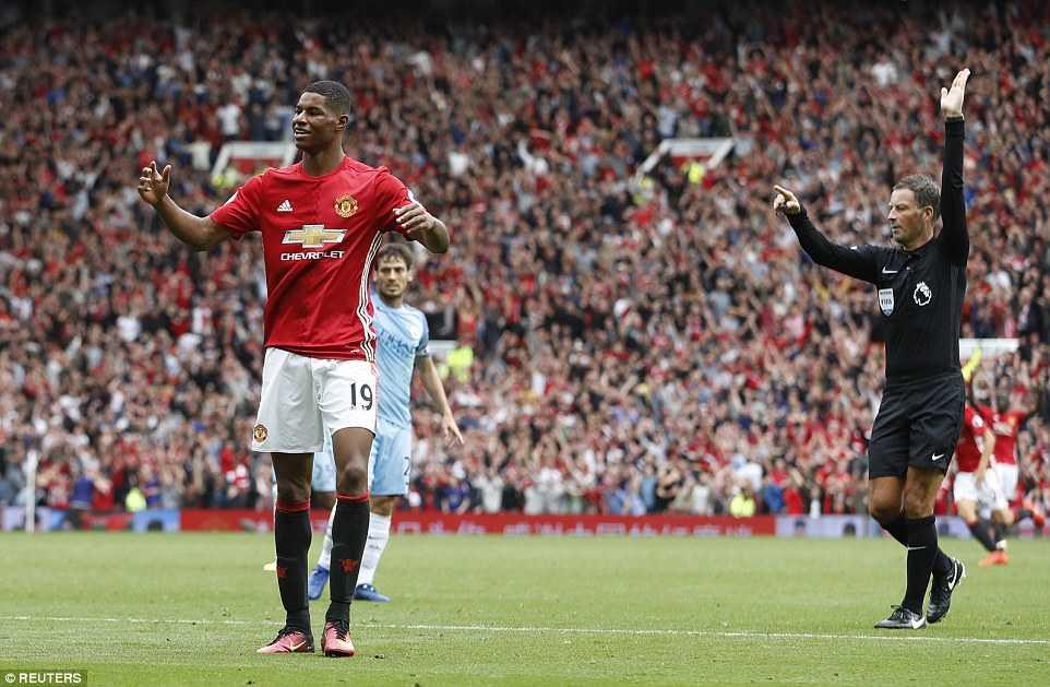 Ibrahimovic da 'pha hong' ban thang cua Marcus Rashford the nao? hinh anh 1