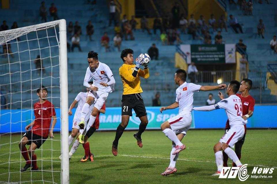 U19 Viet Nam hoa that vong U19 Singapore hinh anh 1