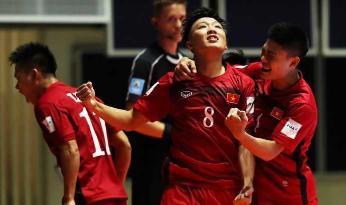 Minh Tri ghi 3 ban ha Guatemala: Do la no luc ban than, khong phai may man hinh anh 2