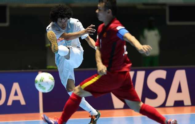 Truyen thong quoc te nga mu truoc chien thang gay soc cua Futsal Viet Nam hinh anh 5
