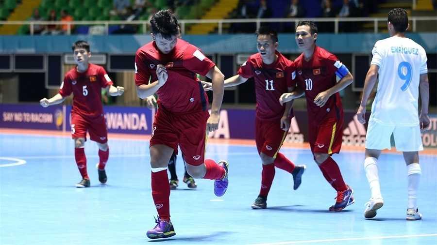 'Don doc' tuyen Futsal Viet Nam danh cho Paraguay la gi? hinh anh 2