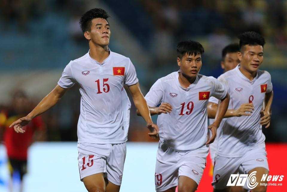 Hang thu te hai, U19 Viet Nam toat mo hoi thang U19 Philippines hinh anh 4