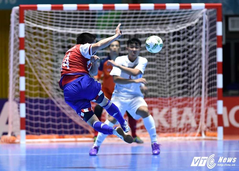 Truc tiep Futsal World Cup: Viet Nam vs Nga hinh anh 8