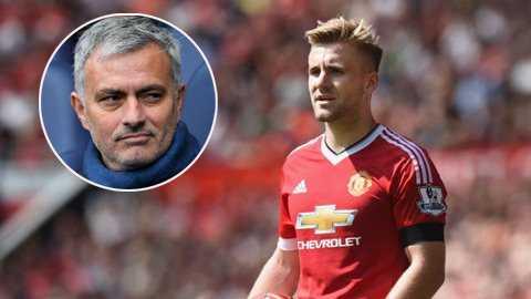 Man United da te, Mourinho do loi cho Van Gaal hinh anh 1
