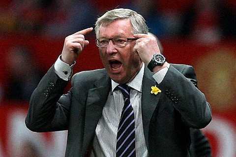 Sir Alex co the cong khai chi trich cau thu, con Mourinho thi khong? hinh anh 2