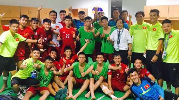 U16 Viet Nam: Det mong World Cup tu mi tom, cha ruoc hinh anh 1