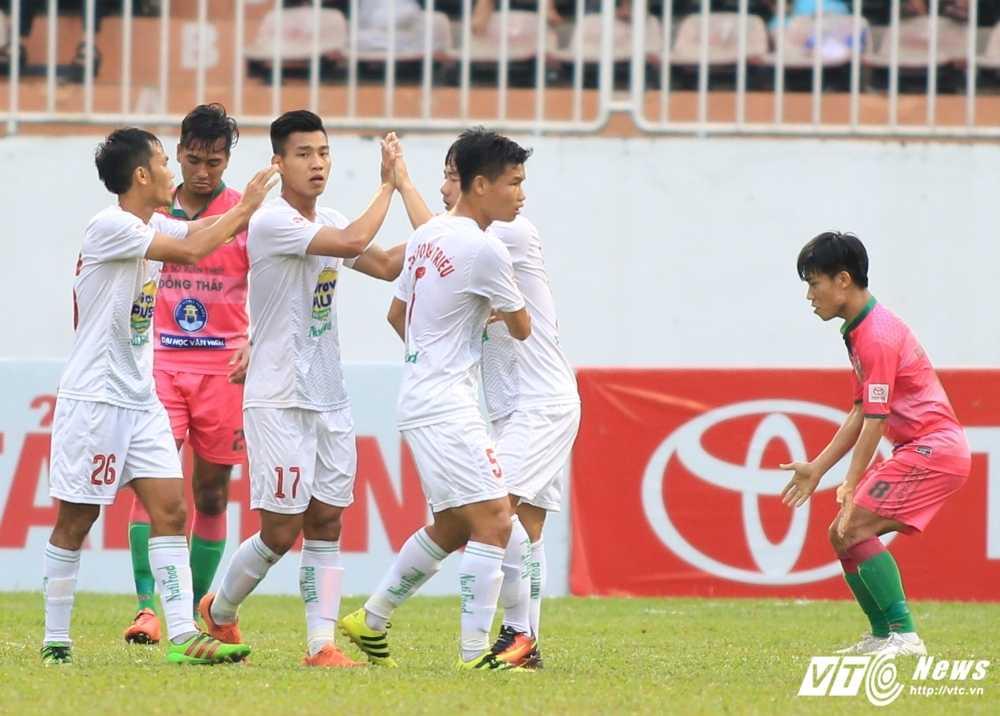 So phan ham hiu nhung dong doi tai HAGL Arsenal JMG cua Cong Phuong, Tuan Anh, Xuan Truong hinh anh 2