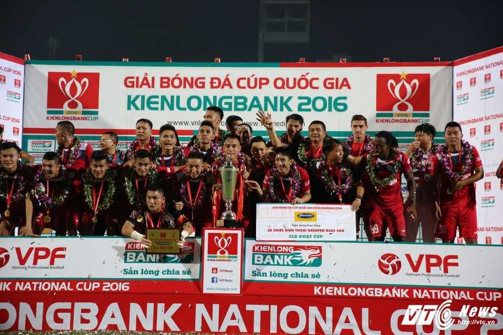 Thang Ha Noi T&T, Than Quang Ninh gianh Cup Quoc gia hinh anh 3