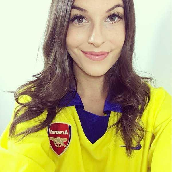 MC xinh dep hua coi do, dong bim neu Arsenal vo dich hinh anh 5