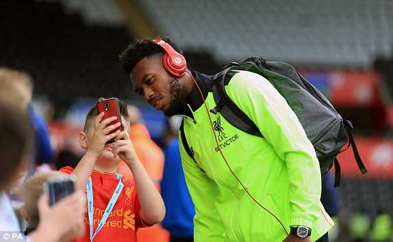 Truc tiep Swansea City vs Liverpool hinh anh 8